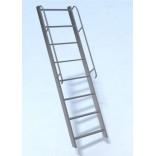 Лестница с перилами (Л-15) металлическая